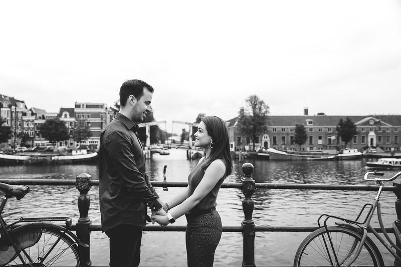 Photo shoot Amsterdam - Marcela + Gabriel -  Karina Fotografie-13.jpg