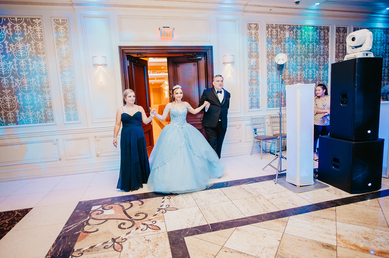 First Dance Images-96.jpg