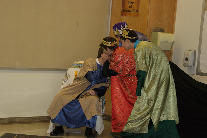 2011-12-18-Christmas-Pageant_129.jpg