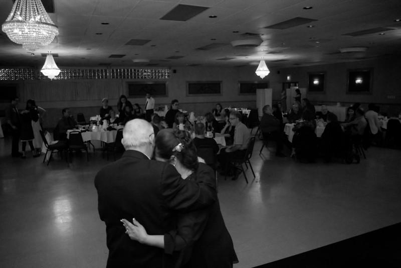 mom wedding 99.jpg