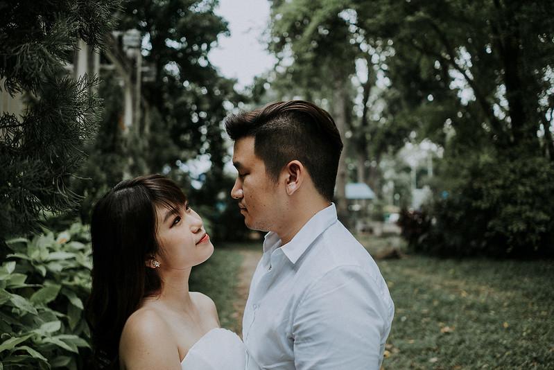 Tu-Nguyen-Destination-Wedding-Photographer-Saigon-Engagement-Shooting-Vietnam-Videographer-24.jpg