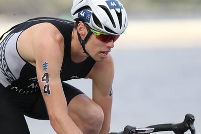 2017 Gold Coast ITU Men's WTS World Triathlon, Saturday 8 April 2017; Queensland, Australia. Camera 2. Photos by Des Thureson - http://disci.smugmug.com.
