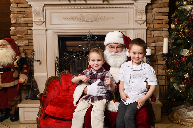 Santa2018.TylerBoye.-145.jpg