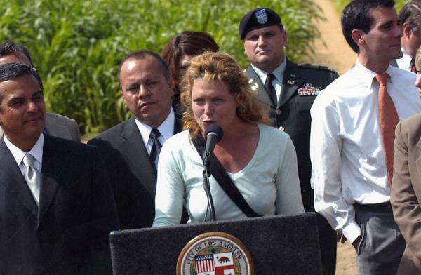 2005, Lauren Bon Speaking