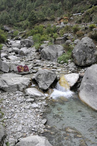 080516 2596 Nepal - Everest Region - 7 days 120 kms trek to 5000 meters _E _I ~R ~L.JPG