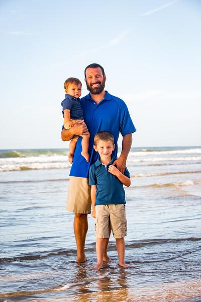 Family beach photos-99.jpg