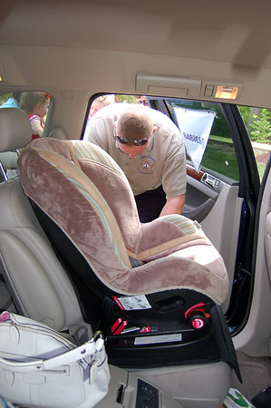 2009-05-02: York-Poquoson Sheriff's Office Child Safety Seat Check