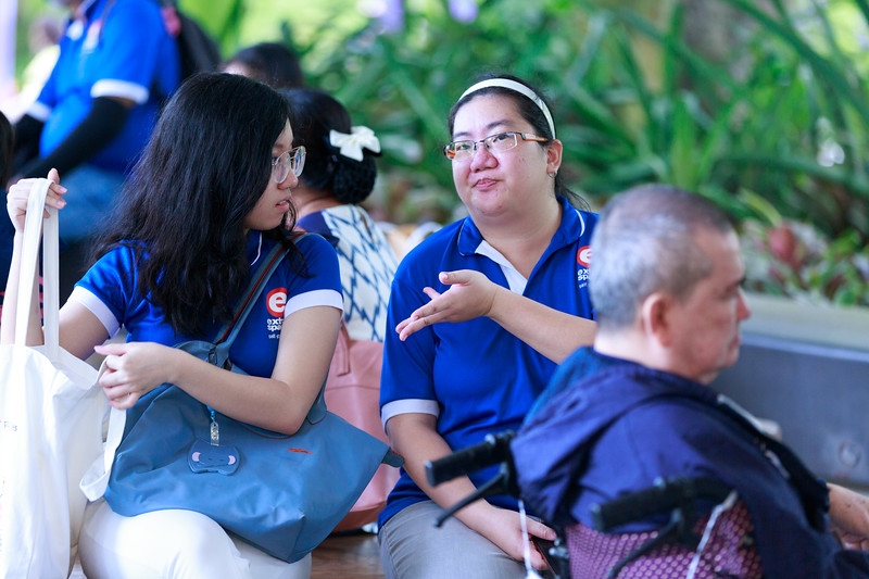 VividSnaps-Extra-Space-Volunteer-Session-with-the-Elderly-133.jpg
