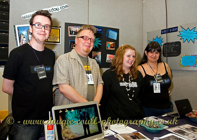 Night is Day - Collectormania