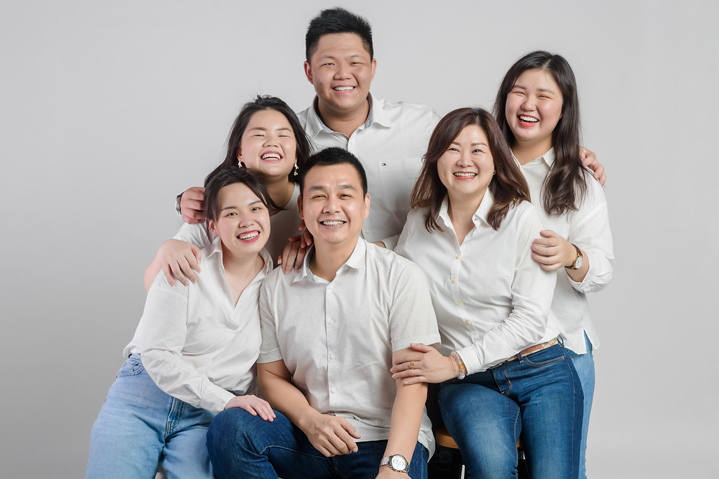 studio family portraits photography
