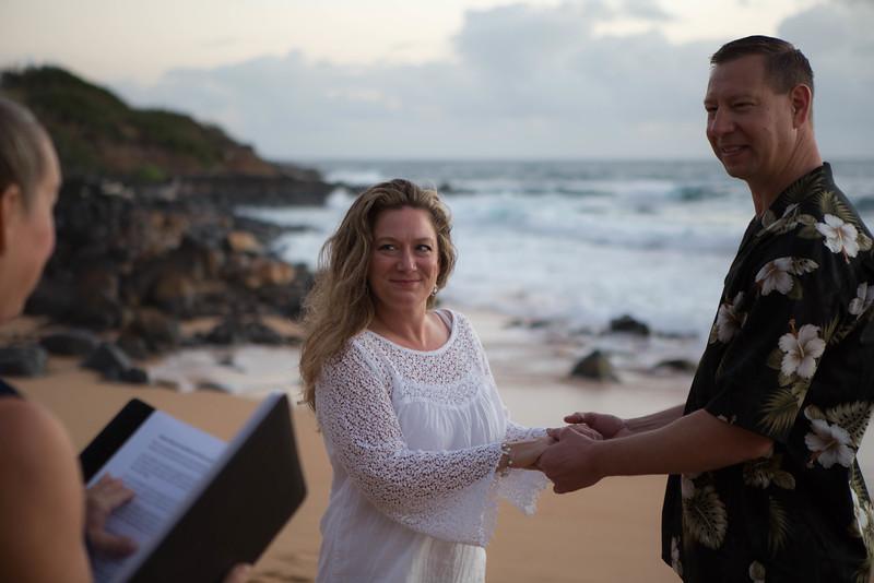 Kauai-sunrise-wedding-3.jpg