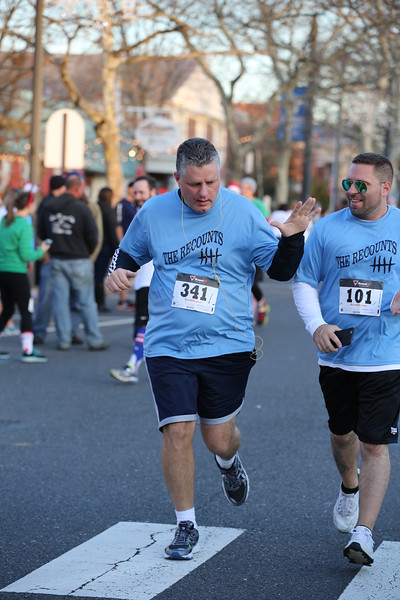 Toms River Police Jingle Bell Race 2015 - 01121.JPG