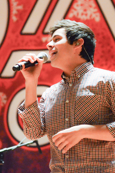20111219_MusicArchuleta_0054.jpg