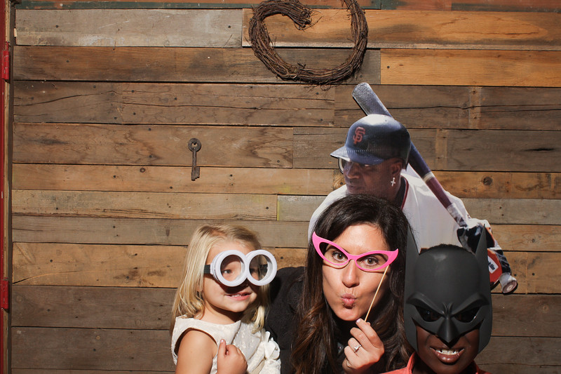 AmyAdamWeddingPhotobooth-0112.jpg
