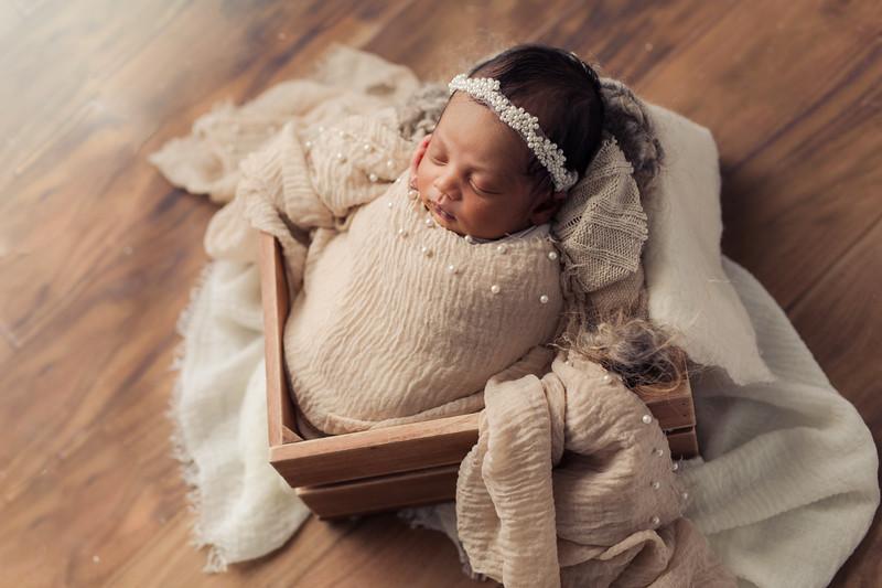 Ava's Newborn Session-29.jpg