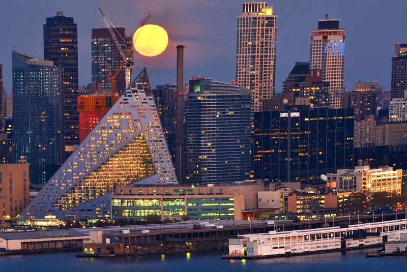 Thanksgiving Moon over Manhattan