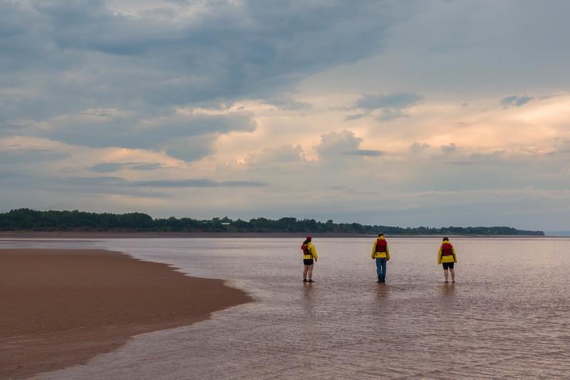 tidal-bore-rafting-nova-scotia-8.jpg