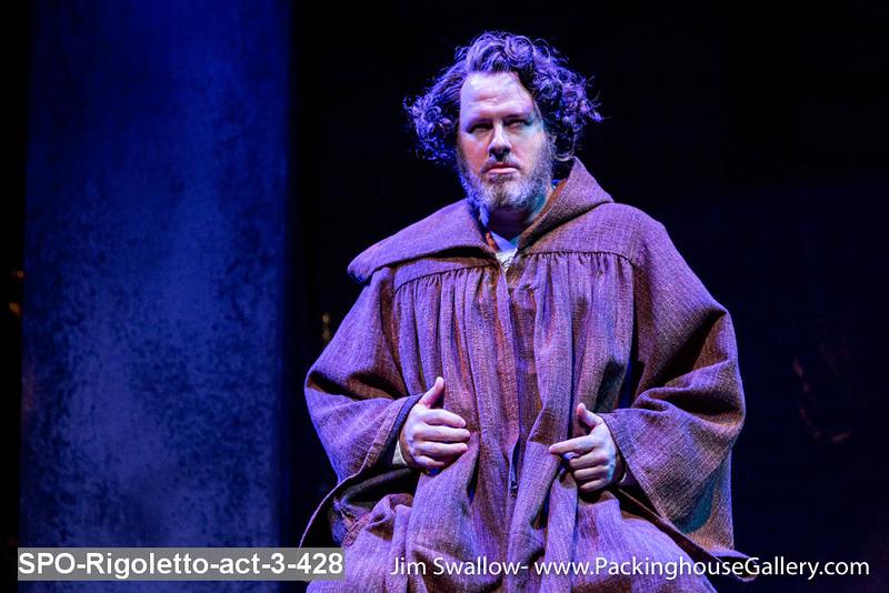 SPO-Rigoletto-act-3-428.jpg
