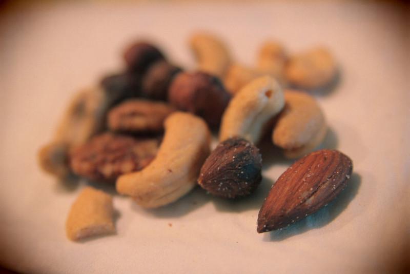 06/12/2012 - Snack on deeeeeeez