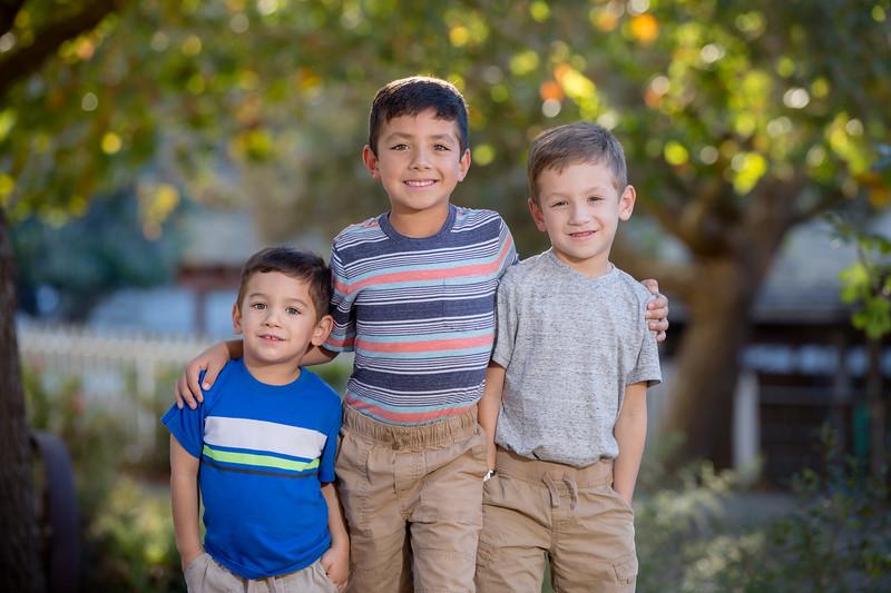 Acosta Family 2017-11.jpg