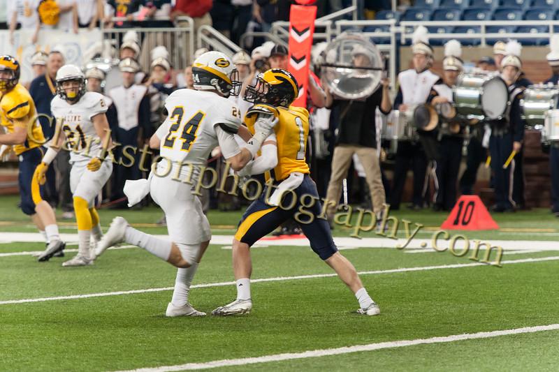 2014 Clarkston Varsity Football vs. Saline 283.jpg