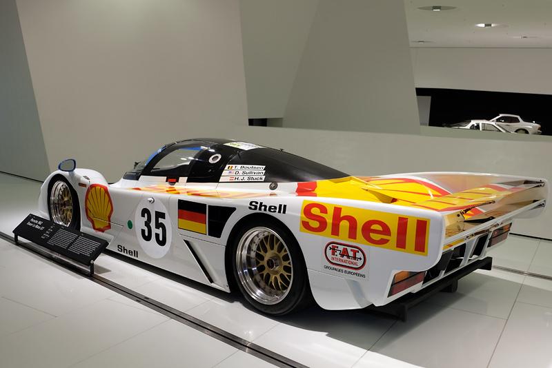Porsche Museum 962 02.jpg