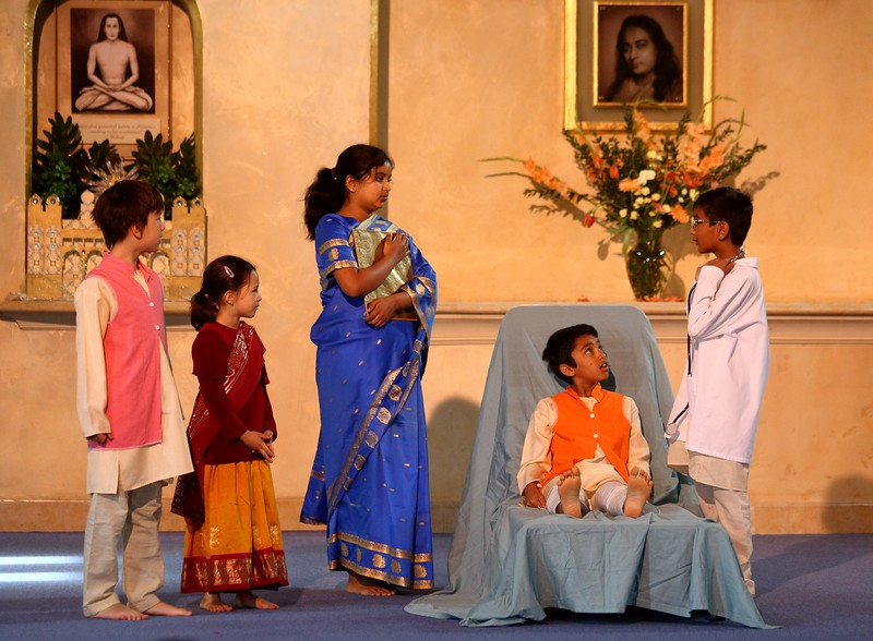 Yogananda as a child experienced a miraculous healing. Here, the doctor predicts a dire end.