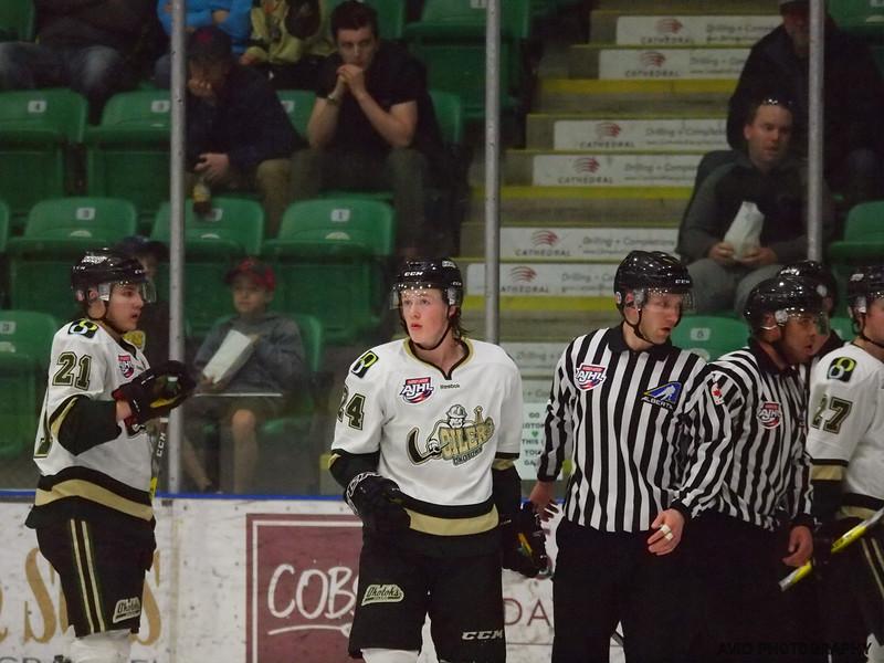 Okotoks Oilers vs Brooks Bandits April 4th AJHL (114).jpg