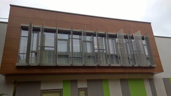 Imar Expanded Mesh Brise Soleil St Peters Hospital Chertsey