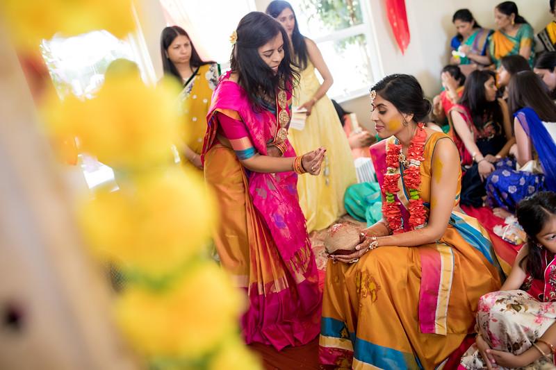 Hina_Pithi_Pooja-211.jpg