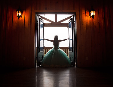 Gabbie's Quince Photo Shoot Feb 2017