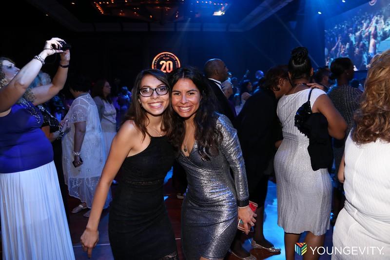 08-19-2017 Glow Party ZG0166.jpg