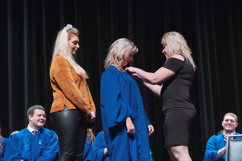 20181214_Nurse Pinning Ceremony-5189.jpg