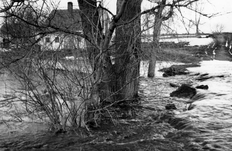 AR051.  Spring flooding in Arthur – 1948‡.jpg