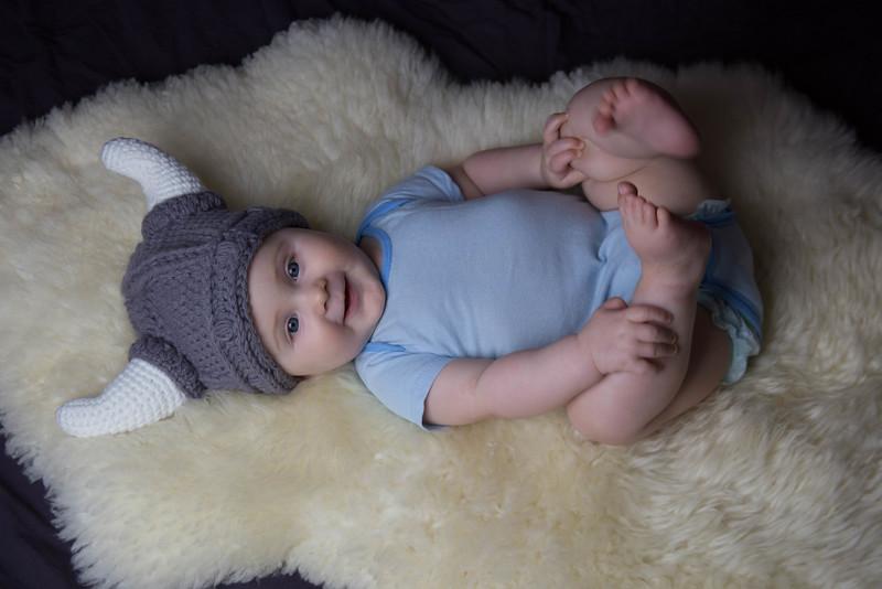 baby james 6 months-19.jpg