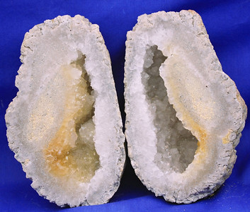 Mexican Potato Geode 103