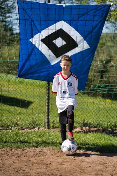 hsv-fussballschule---wochendendcamp-hannm-am-22-und-23042019-z-56_33853877778_o.jpg