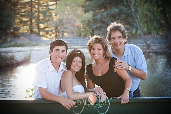 Ponos Family 2013