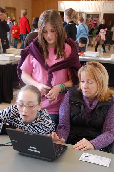 Family at computer.JPG