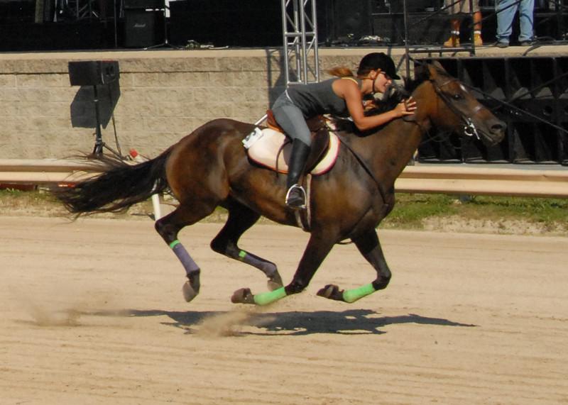 horse finish07.jpg