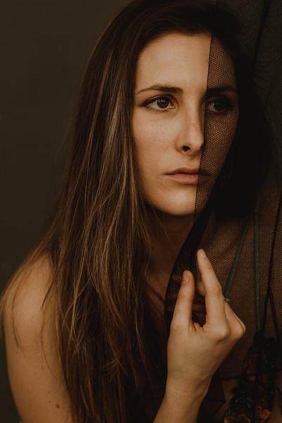Emmy_boudoir_Jenny_Rolapp_Photography-13.jpg