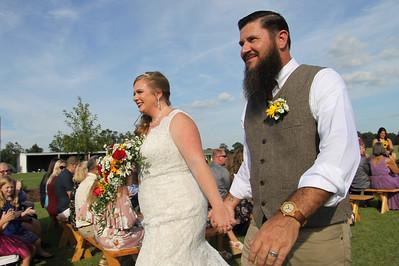 Robert & Melissa's Wedding -  128,337 Picture Hits