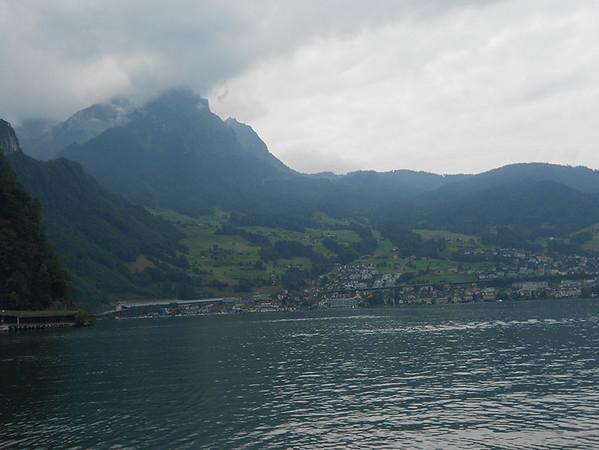 Cruise-on-Lake-Lucerne4.jpg