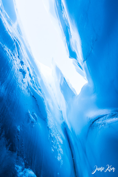 Matanuska Glacier_Karen-6105706-Juno Kim.jpg