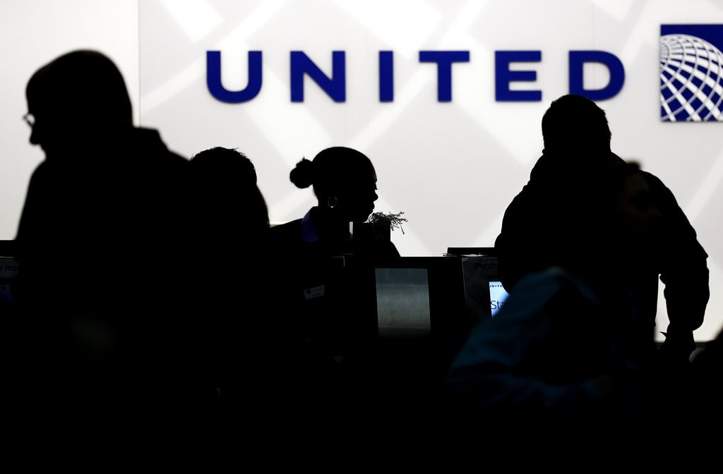 ". <p>8. UNITED AIRLINES <p>Toilet paper now comes standard on many flights. (10) <p><b><a href=\'http://www.dailyfinance.com/on/united-americas-worst-airline-no-toilet-paper/#!slide=977223\' target=""_blank\""> HUH?</a></b> <p>    (AP Photo/Nam Y. Huh)"