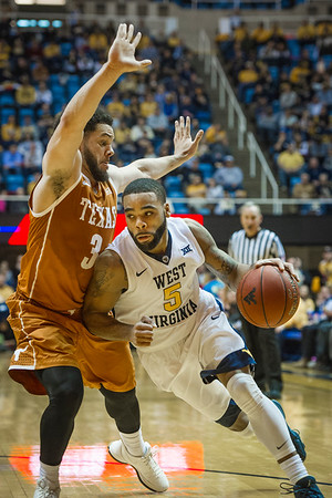 31654 Men's Basketball vs Texas