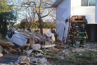 Hicksville F.D. MVA w/ Car Into House Woobury Rd.  3/21/20