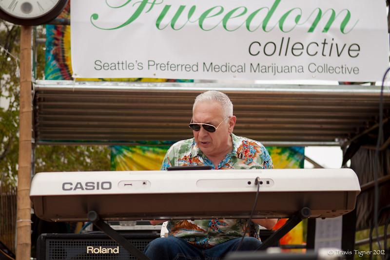 TravisTigner_Seattle Hemp Fest 2012 - Day 2-23.jpg