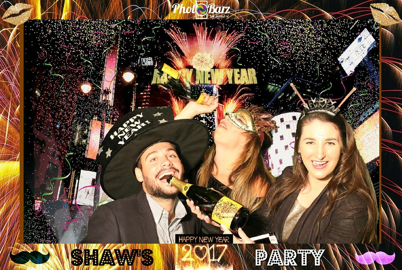 Shaws NYDay Party (86).jpg