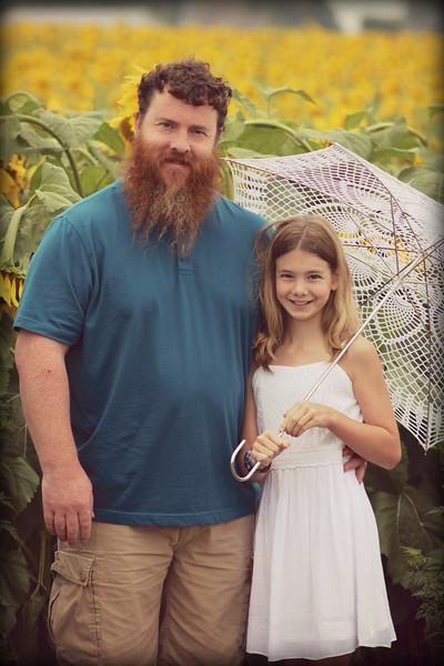 FamilySunflowers_ 112.jpg